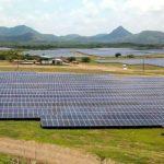Camp de panouri fotovoltaice ce vor ajunge candva deseuri.